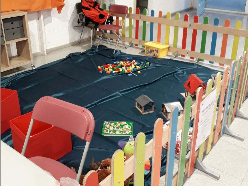 Fotografia de l'activitat ÀREA INFANTIL AL MERCAT DELS MERINALS