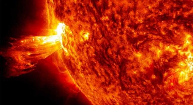 Fotografia de l'activitat EL SOL. VISITA I OBSERVACIÓ