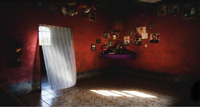 Fotografia de l'activitat TRENCANT EL SILENCI. EXPOSICIÓ