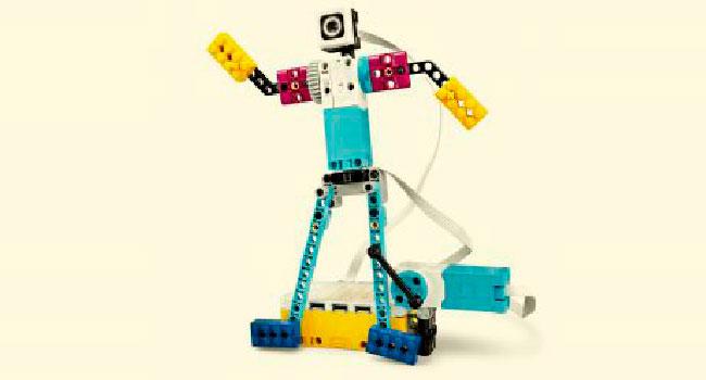Fotografia de l'activitat LEGO SPIKE PRIME. TALLER FAMILIAR